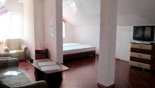 4-х местный просторный номер в отеле «Le Soleil» Феодосии