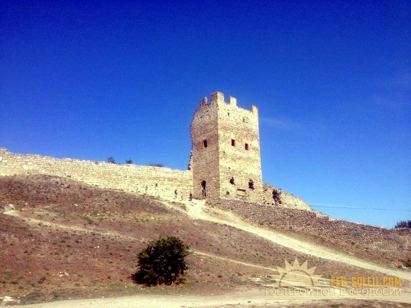 Генуэская крепость Феодосия